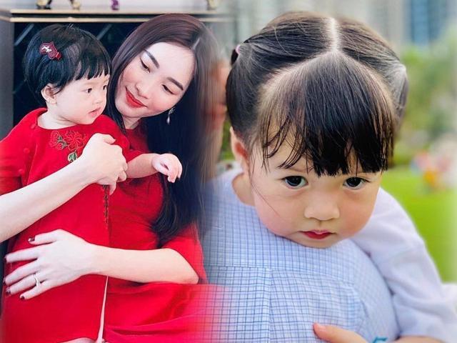 Mới hơn 2 tuổi, con gái xinh như búp bê của HH Đặng Thu Thảo đã đối đáp khéo léo