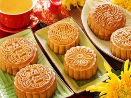 Cách làm bánh Trung thu thập cẩm nướng, dẻo truyền thống đơn giản tại nhà