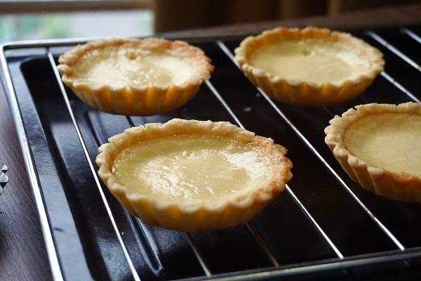Cách làm bánh tart trứng kfc thơm ngon tại nhà dễ dàng - 10