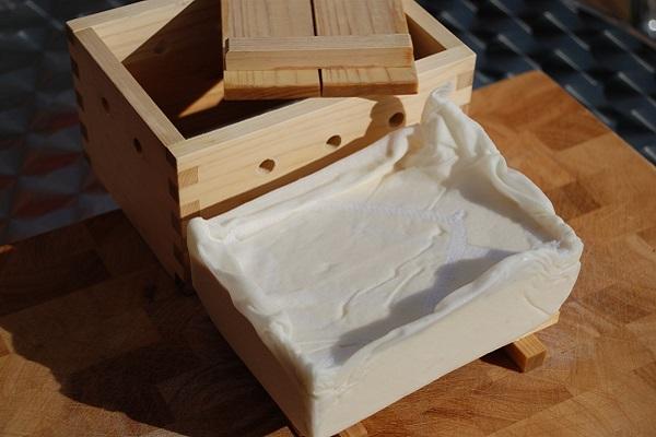 Cách làm đậu hũ tại nhà cực đơn giản mà ngon miệng - 10