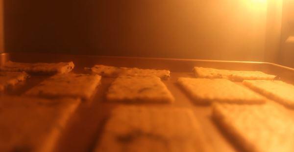 Cách làm bánh quy bơ sữa ngon giòn tan đơn giản tại nhà bé ăn hoài không chán - 13