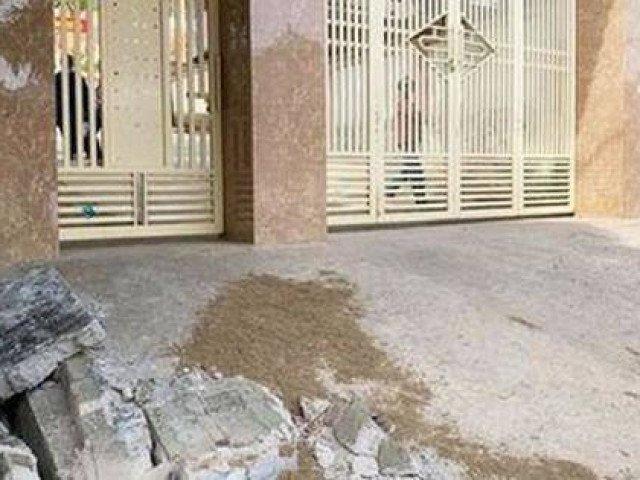 Sập tường cạnh cổng trường, một học sinh lớp 5 tử vong trong giờ ra chơi