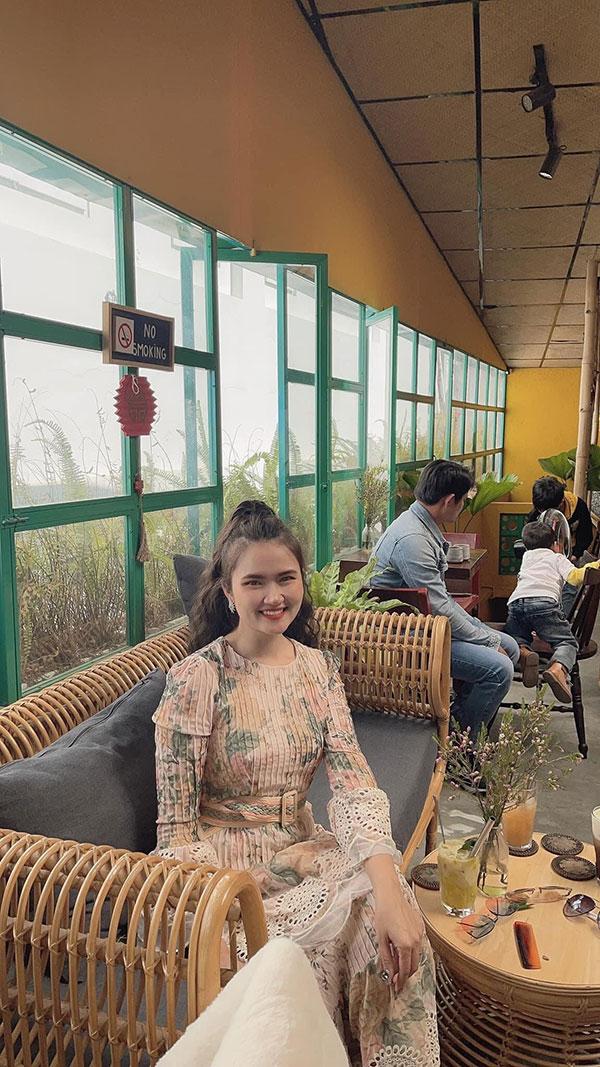 Shop Huệ Huỳnh Kim: Thương hiệu thời trang nữ dẫn đầu xu hướng - 4