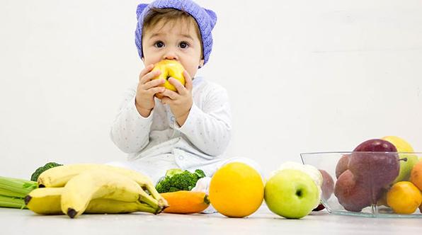 Trẻ ăn dặm bị táo bón phải làm sao và thực đơn ăn dặm cho bé - 3