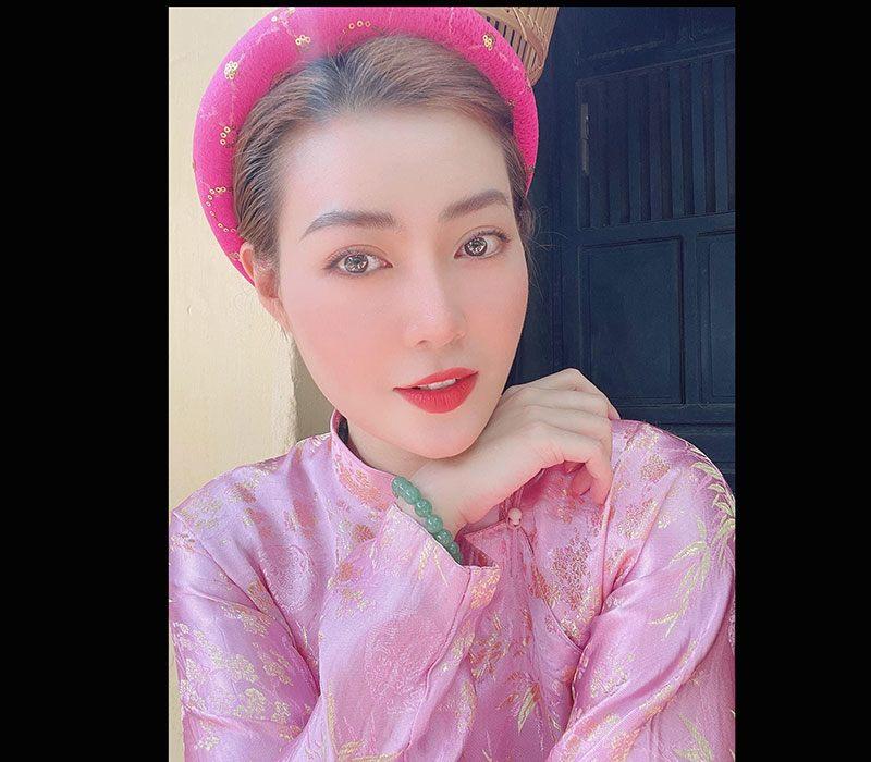 Thanh Hương là diễn viên đình đám người gốc Hải Dương, sinh năm 1988 và thành công với nhiều tác phẩm truyền hình, và cũng được xem là ác nữ màn ảnh với những màn diễn xuất táo bạo.