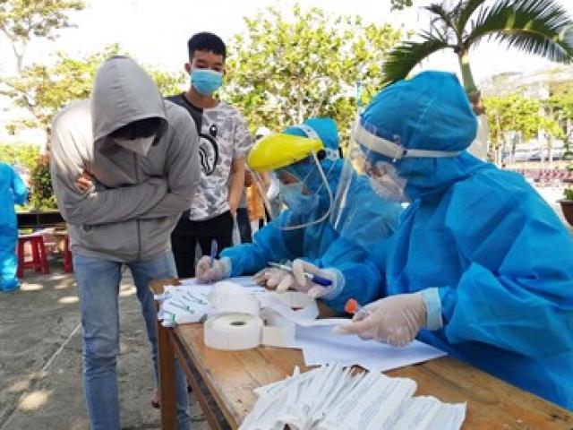 COVID-19 11/7: Có biểu hiện ho sốt, tài xế tự ý đến phòng khám xét nghiệm thấy dương tính SARS-CoV-2