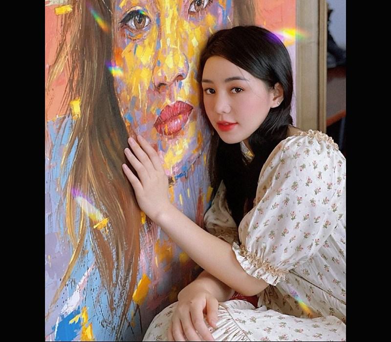 Quỳnh Kool nữ diễn viên trẻ đầy tiềm năng của nền giải trí Vbiz, cô sở hữu nhan sắc lung linh cùng kỹ năng diễn xuất ổn định.