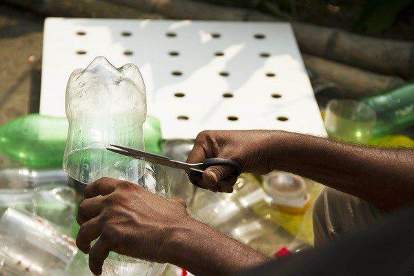 Tận dụng chai nhựa gắn sau quạt, trong nhà giảm 10 độ mà không cần điều hòa - 6