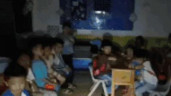 Trung Quốc: Nước lũ ngập trường mẫu giáo, học sinh ngồi im trong bóng tối chờ giải cứu