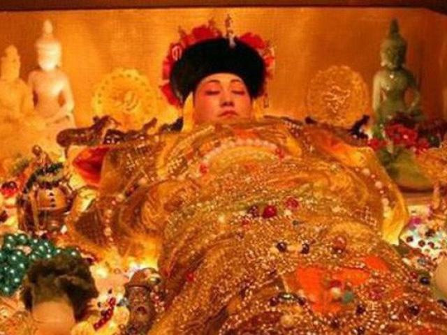 Bí ẩn rùng rợn về việc 100 đứa trẻ được chôn cất trong lăng mộ Từ Hi Thái hậu