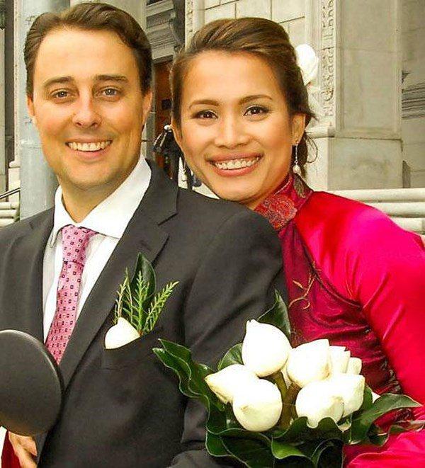 Hoa hậu Ngọc Khánh cưới chồng thứ 2 người Mỹ, rời showbiz tiếp quản vườn nho rộng lớn