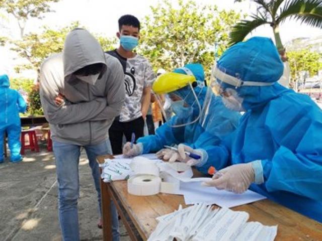 COVID-19 30/7: Lịch trình phức tạp của hàng chục ca nhiễm SARS-CoV-2 mới trong cộng đồng
