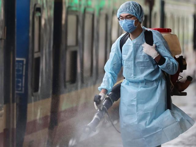 Ngày 30/7, có 8.649 ca COVID-19 mới, 3.704 người khỏi bệnh, tổng số ca tử vong lên 1161