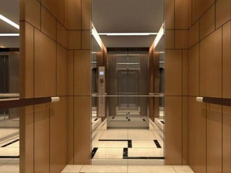 Thang máy trong chung cư thường lắp gương vì một lý do đặc biệt, không phải ai cũng biết