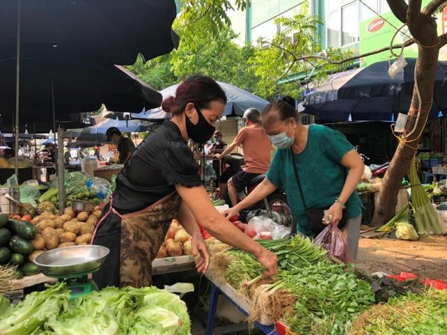 Khẩn: Hà Nội tìm người liên quan đến Công ty thực phẩm Thanh Nga và loạt chợ dân sinh