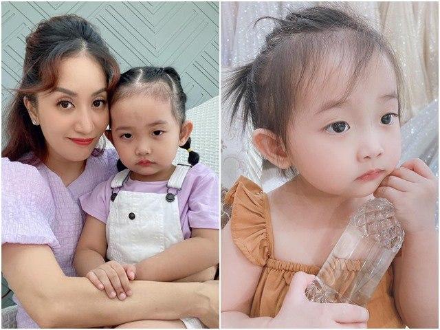 Con gái Khánh Thi xinh đẹp kiêu sa, chụp ảnh với mẹ nhưng không cười: Đúng kiểu mợ chảnh!