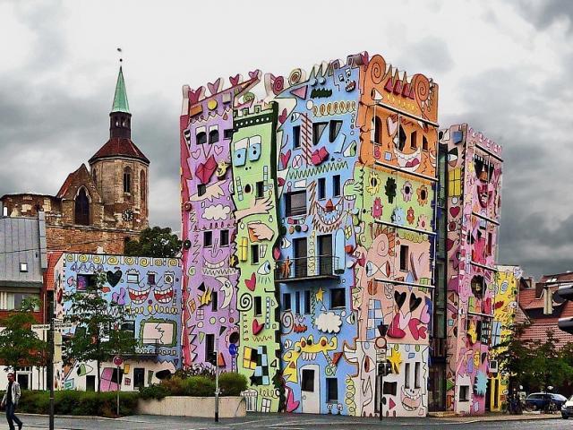 Ghé thăm ngôi nhà hạnh phúc nhất thế giới - The Rizzi House