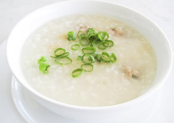 Cách nấu cháo thịt heo cho bé ăn dặm thơm ngon giàu dinh dưỡng - 1