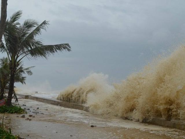 Bão số 5 giật cấp 13, gây mưa xối xả: Kịch bản phức tạp, sẵn sàng sơ tán 760.000 dân