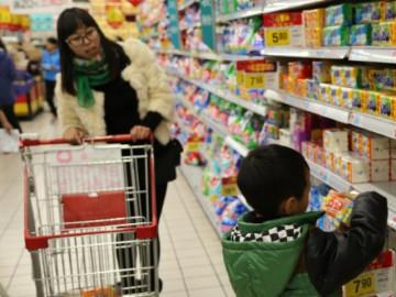Con bị bắt tận tay ăn trộm đồ trong siêu thị, mẹ nói 1 câu, giám đốc xuống xin lỗi