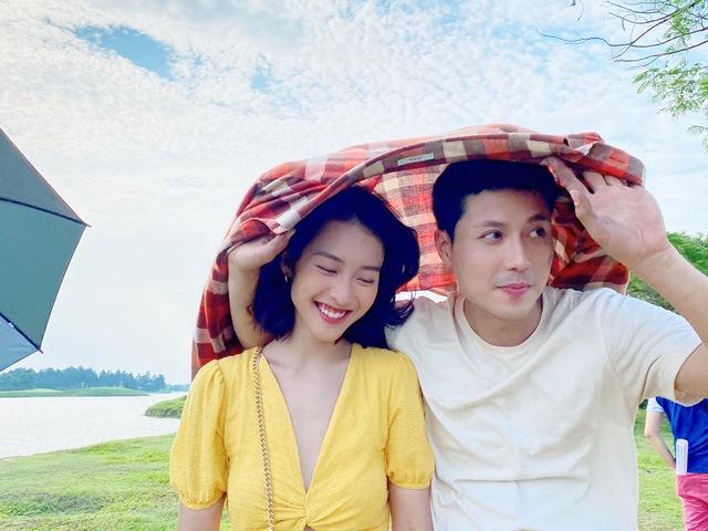 Bị đồn phim giả tình thật sau khi đóng 11 Tháng 5 Ngày, Khả Ngân và Thanh Sơn nói gì?