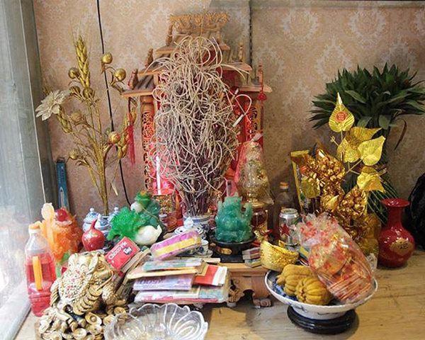 Đặt bàn thờ Thần Tài ở đâu chớ dính những thứ này, làm ăn lụi bại, chẳng mấy mà nghèo