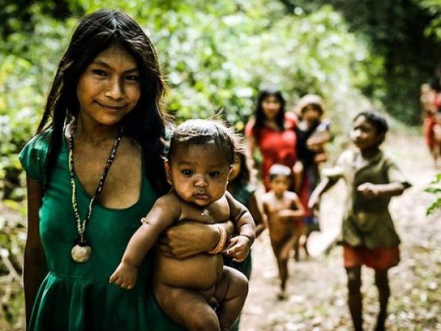 Những vùng đất lạ lẫm: Phụ nữ khỏa thân cả ngày, chị dâu chăn gối với cả em trai chồng