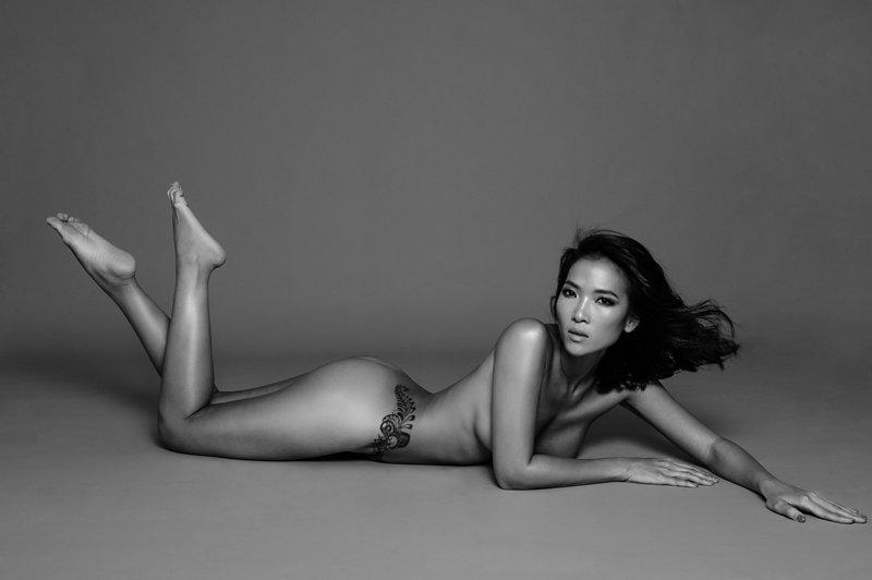 Là gương mặt sáng giá của thế hệ vàng làng người mẫu Việt Nam những năm của thập niên 90 và 2000, cái tên Bằng Lăng không còn xa lạ gì với các khán giả yêu thích thời trang.Dừng cuộc chơi khi đang ở đỉnh cao, theo côđó là quyết định đúng đắn.