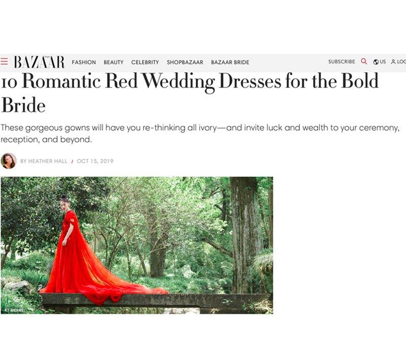 Mới đây,Harper's Bazaar Mỹ đã đăng tải bài viết bình chọn top 10 mẫu váy cưới màu đỏ đẹp nhất. Đây được xem là sắc màucó sức hút đối với cả cô dâu châu Á và phương Tây vì tượng trưng cho sự may mắn, tình yêu và khả năng sinh sản.