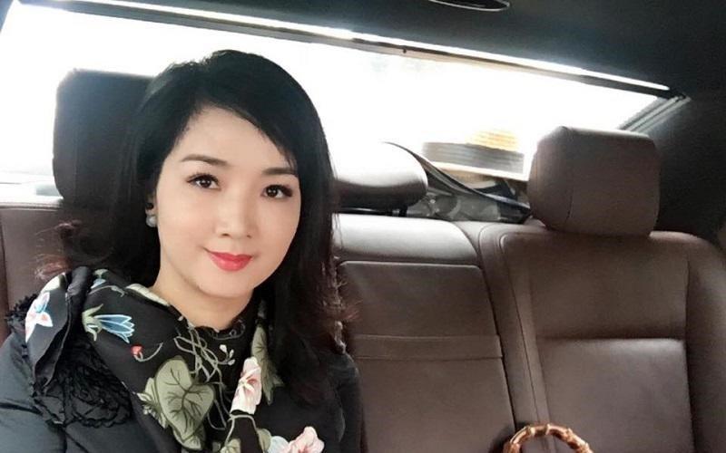 Giáng My sinh năm 1971, từng là sinh viên Nhạc viện Hà Nội. Nhờ nhan sắc nổi trội và chiều cao 1,71m, cô đã xuất sắc giành được danh hiệu Hoa hậu Đền Hùng năm 1989. Ở tuổi U50, nhan sắc và vóc dáng của Giáng My vẫn khiến fan không khỏi xuýt xoa.