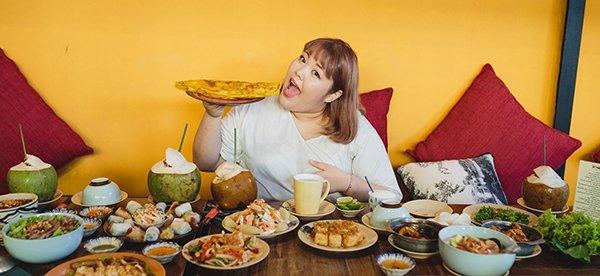 Bất ngờ với hình ảnh xinh như mộng của Thánh ăn triệu view Hàn Quốc sau khi giảm 25kg