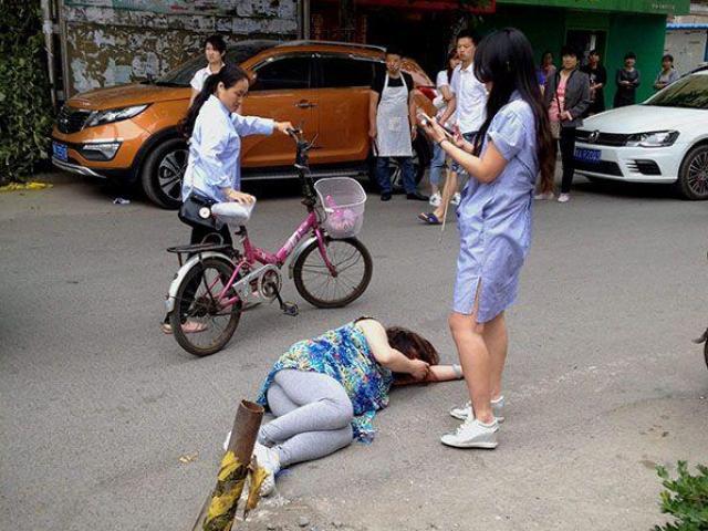 Bị ngã khi mang thai, mẹ bầu làm hành động này, thai nhi được giữ an toàn