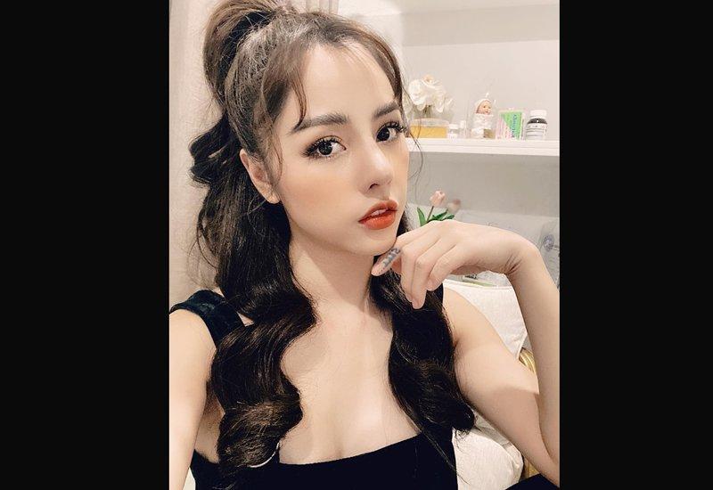 Bạch Lan Phương (sinh năm 1986)là gương mặt quen mắt trên sóng truyền hình VTV. Cô đảm nhận vai trò MC củamột số chương trình như 'Thời trang và cuộc sống', 'VTV kết nối'...