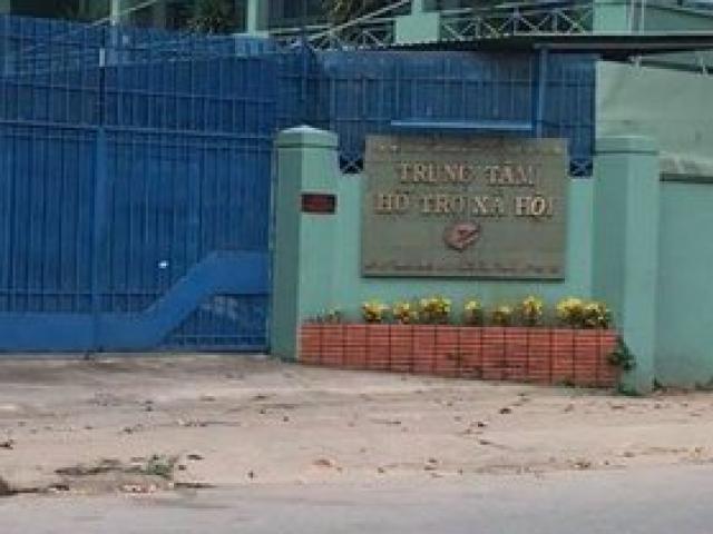 Cán bộ Trung tâm Hỗ trợ XH dâm ô nhiều bé gái sau đó cho nước ngọt, nước nấu mỳ