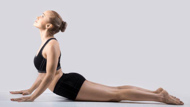 "12 loi ich tap yoga neu biet nhieu nguoi se ""dua nhau"" hoc - 12"
