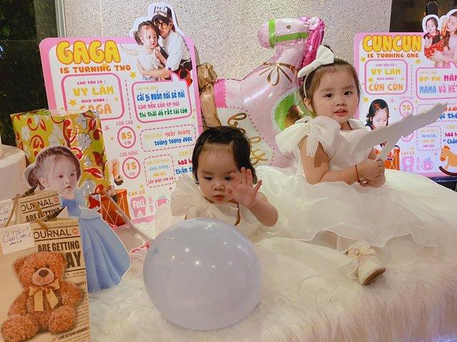 Sao Việt 24h: Xuýt xoa vẻ xinh đẹp của 2 con gái Hoài Lâm và những thông tin thú vị