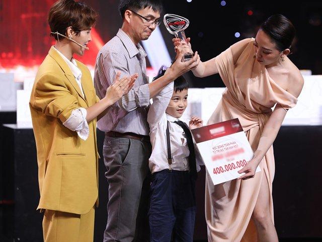 Khán giả nghẹn lòng với điều ước của ông bố một thiên tài tại Siêu Trí Tuệ Việt Nam