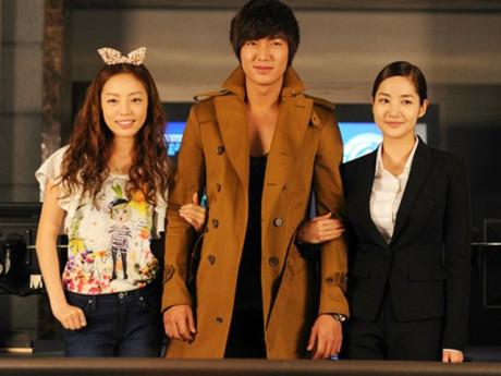 Trước khi ra đi ở tuổi 28, Goo Hara từng là con gái Tổng thống, mê mẩn Lee Min Ho