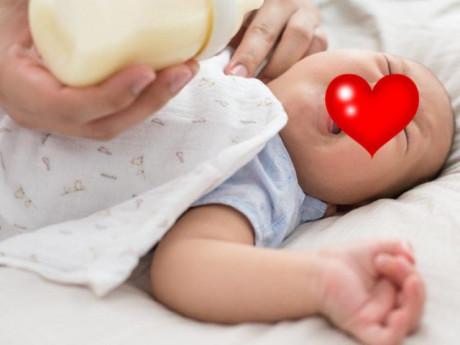 Trẻ uống vitamin A mệt mỏi, nôn trớ, mẹ đòi tẩy chay, chuyên gia lên tiếng