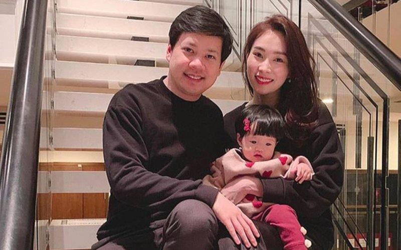 Cuộc sống hôn nhân viên mãn dường như khiến cho Đặng Thu Thảo ngày càng trẻ trung và rạng rỡ hơn bao giờ hết.