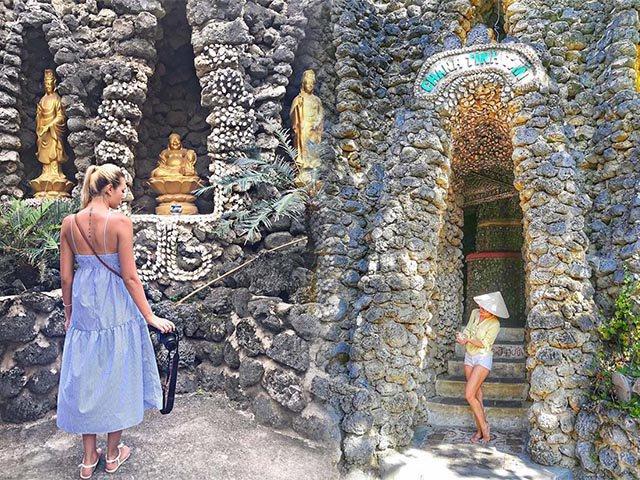 Tới Nha Trang ghé thăm ngôi chùa lạ lùng có một không hai ở Việt Nam