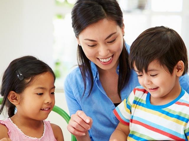 5 bí quyết mẹ nên áp dụng khi dạy nói để bé phát triển toàn diện tư duy ngôn ngữ