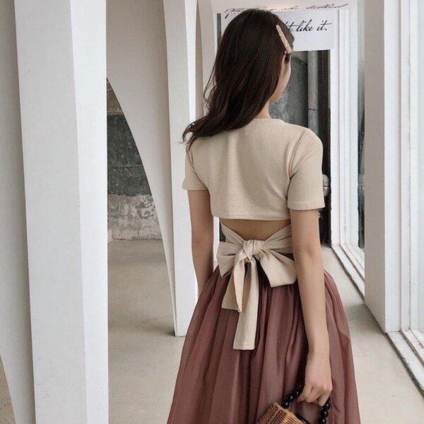 Là chuyện biết rồi nói mãi, váy áo hở lưng rộng huếch vẫn được không ít nàng diện ra phố - 19