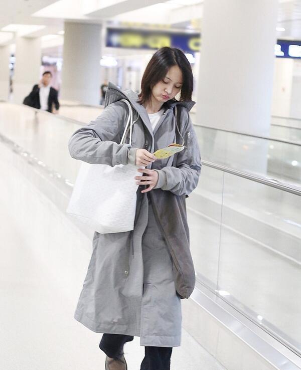Muốn mặc ấm ngày se lạnh cũng đừngdiện đồ to sụ giấu dáng, nàng thể nào cũng nhận điểm trừ - 8