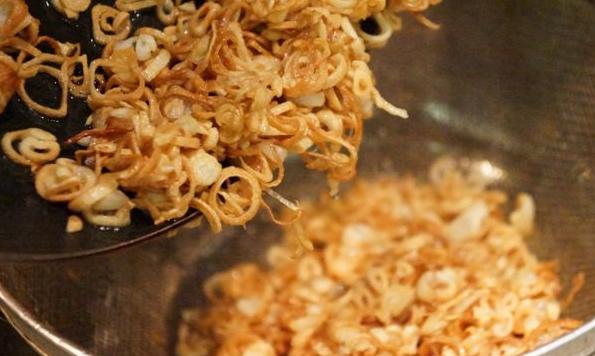 Cách làm tôm sốt me chua ngọt đơn giản mà ăn rất đưa cơm - 7
