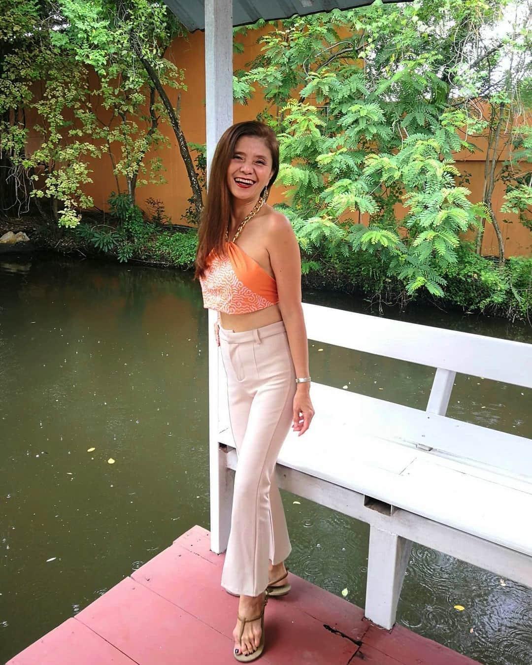 """U60 mà mặc toàn đồ """"cộp mác"""" tuổi teen, bà ngoại Thái Lan được dân tình gọi là thiếu nữ - 4"""