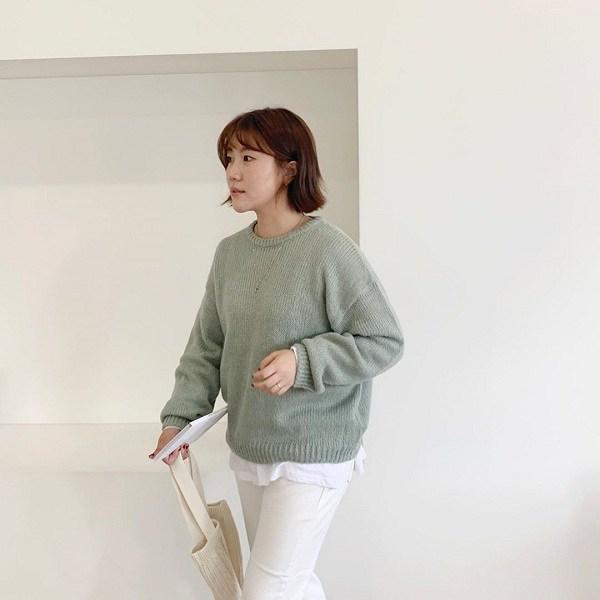 Lưu ngay 4 bí quyết chọn áo len này, nàng dù mũm mĩm cũng sẽ trông thon gọn hơn nhiều - 3