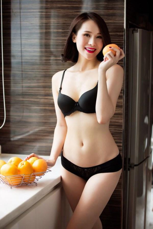 Chơi trội diện bikini 2 mảnh, 10X amp;#34;nổi bần bậtamp;#34; giữa dàn thí sinh Hoa hậu Việt Nam 2020 - 8