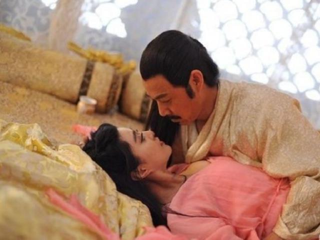 Tại sao Hoàng đế thường đoản thọ dù sống sung sướng, có phi tần mỹ nữ vây quanh?