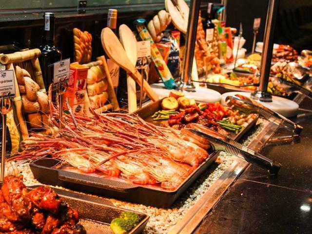 Dân mạng rần rần mách nhau chiêu độc đi ăn buffet thả ga mà không lo bị lỗ